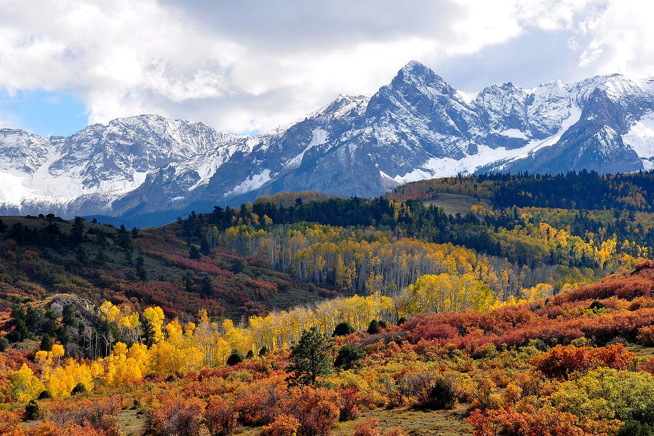 1280px-Fall_colors_near_Ridgway,_Colorado